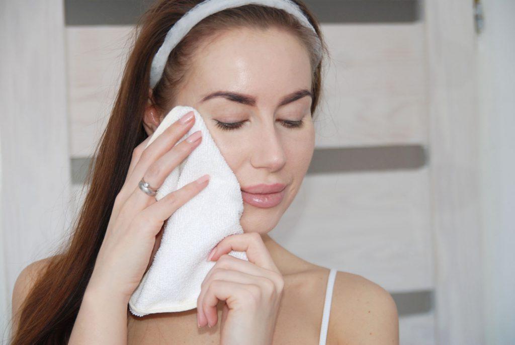 Cos'è la pulizia del viso con l'OCM?